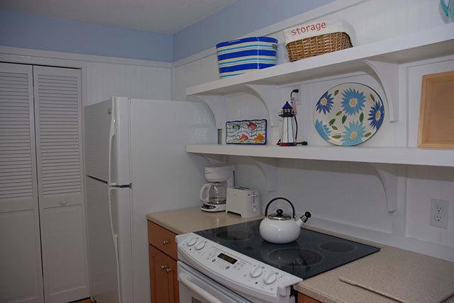 864-Ketch-Court-Kitchen-3605-big